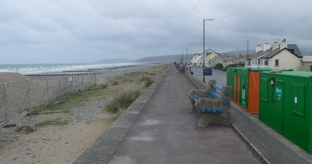 Living in Borth
