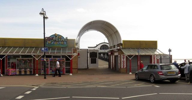 Grimsby/Cleethorpes a backward, ********, cold, unfriendly sh*thole