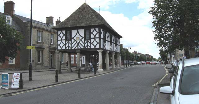 Living in Royal Wootton Bassett, Swindon, Wiltshire